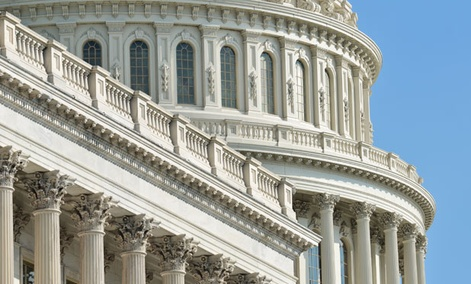 Many government chief information officers support a proposed congressional overhaul that would give them broader authority over how their agencies buy information technology.