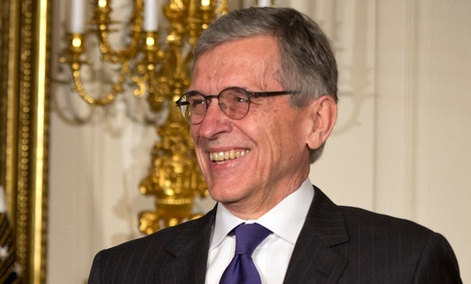 Barack Obama presented Tom Wheeler Wednesday at the White House.