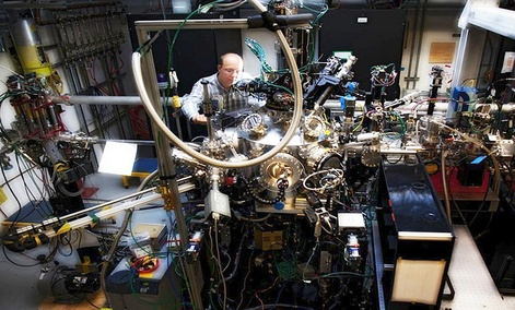 The magnetite experiment was conducted at the Soft X-ray Materials Science (SXR) experimental station at SLAC National Accelerator Laboratory.