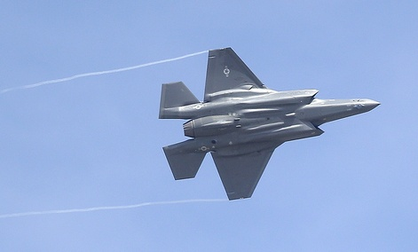 Artificial Intelligence will be used to guide F-35 pilots.