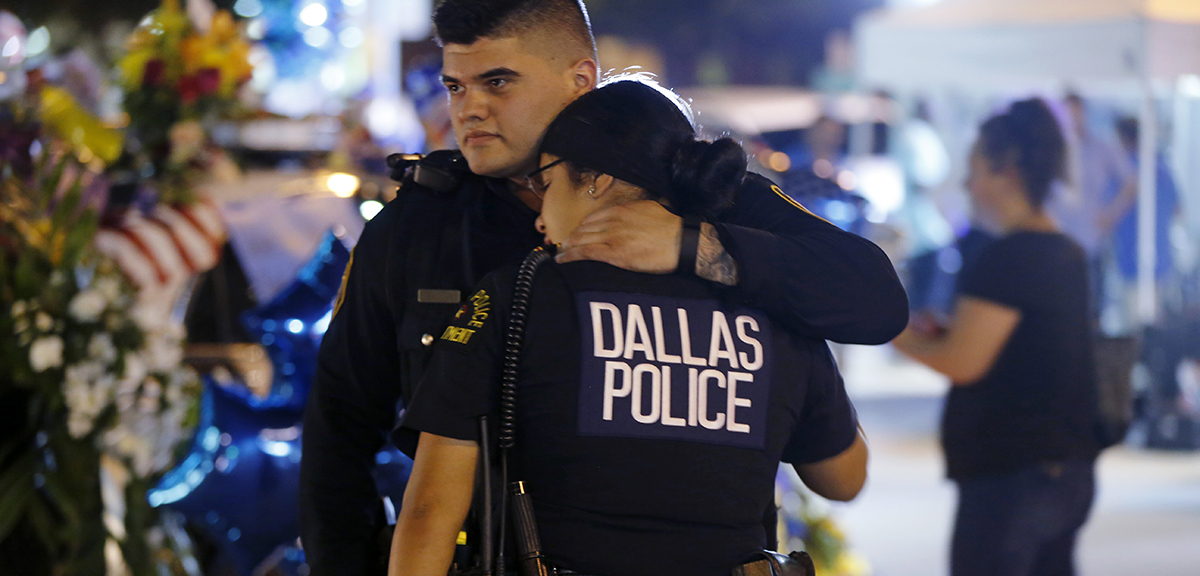 Dallas police shooting and dating