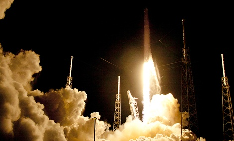 The Falcon 9 SpaceX rocket lifts off from launch complex 40 at the Cape Canaveral Air Force Station in Cape Canaveral, Fla.