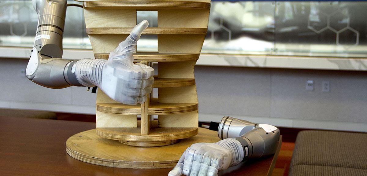 Video: DARPA Delivers 'LUKE' Arm to Veterans - Nextgov.com