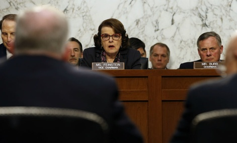 Sen. Dianne Feinstein, D-Calif., left center, and Sen. Richard Burr, R-N.C., right center, question intelligence leaders Feb. 9, 2016.