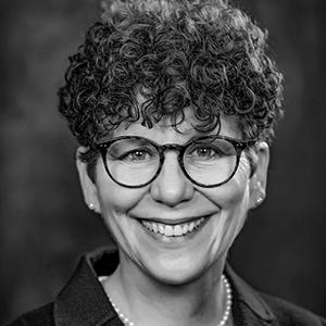 Profile Picture Dorothy Aronson.