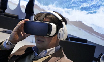 a Samsung Gear VR oculus is demonstrated during a preview of Samsung's flagship store in New York City.