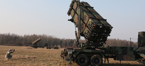 U.S. troops from 5th Battalion of the 7th Air Defense Regiment at a test range in Sochaczew, Poland, in March, 2015, demonstrating the U.S. Army's capacity to deploy Patriot systems rapidly within NATO territory.
